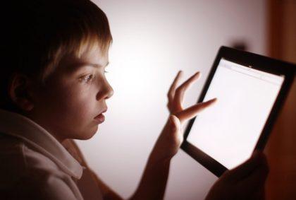 Efectos de las pantallas en los niños